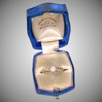 Vintage 18k yellow gold Bailey Banks and Biddle Co. BB&B Philadelphia diamond ring with twisted gold band w/ box