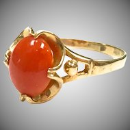 Vintage 1970s Red Coral 14 karat yellow gold ring