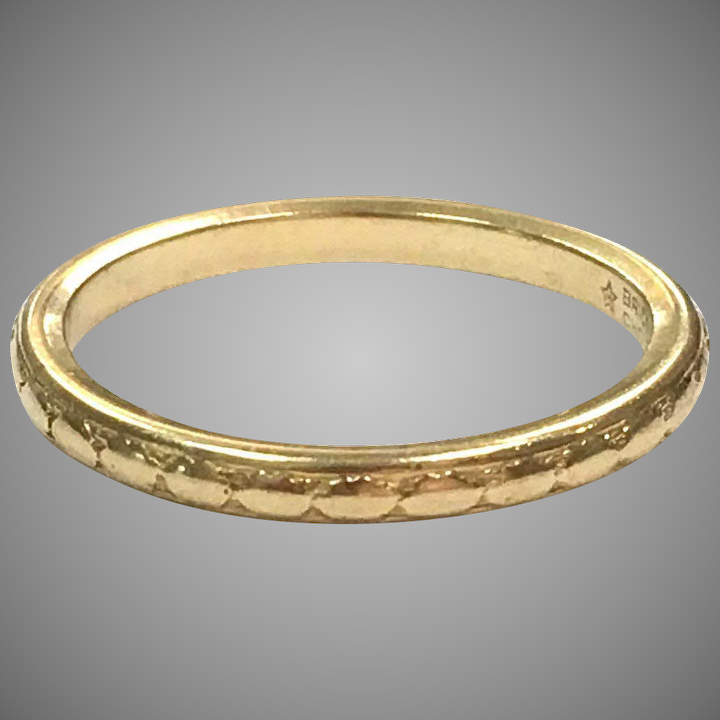 a7a5b0ec8a40a Vintage 1930s 18k Yellow Gold Band Brides Choice Wedding Ring by Alfred  Humbert & Son
