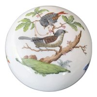 "Herend ""Rothschild Bird"" Covered Dresser Box"