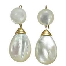 Vintage mother of pearl 14K gold dangle earrings