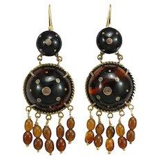 Antique natural shell 14K gold piquè dangle earrings