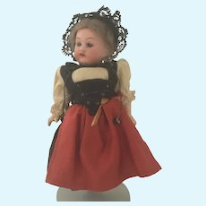 """Little  7""""AM 390  in All Original l French Provincial Costume"""