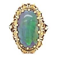 Vintage Opal Ring in 14 karat Gold