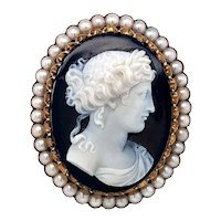 Victorian Sardonyx and Pearl Cameo Brooch in 14 karat Yellow Gold
