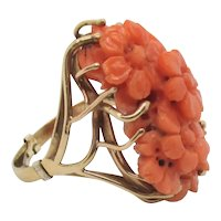 Chinese Coral 18kt. Gold Ring