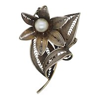 Silver Filagree Floral Pin with Pearl
