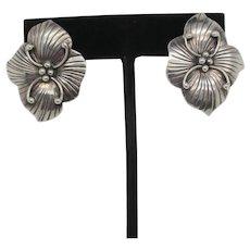 Sterling Silver Hibiscus Flower Post Earrings. Vintage 1940s'