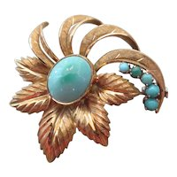 18k Yellow Gold and Turquoise 1960's flower brooch