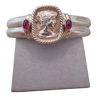 SEIDENGANG Sterling silver cuff bracelet with intaglio/cameo center