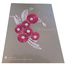 "VAN CLEEF & ARPELS book-""Set in Style""  catalogue from the Cooper Hewitt Museum exhibition"