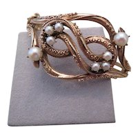 Vintage 14k Yellow Gold and Cultured pearl bangle bracelet