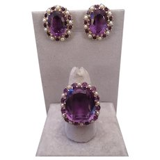1940's 14k yellow gold, Amethyst and Pearl ring and earring Demi-parure