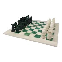 1970s Astonishing Green and White Chess Set in Volterra Alabaster Handmade Made in Italy