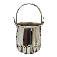 1950s Gorgeous Ice Bucket in Silver Plated by Aldo Tura for Macabo. Made in Italy.
