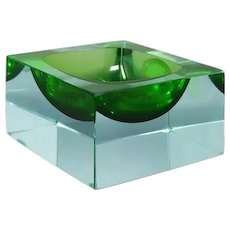 1960s Stunning Green Ashtray or Catch-All By Flavio Poli for Seguso. Made In Italy