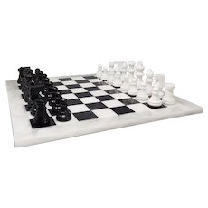 1970s Gorgeous Black and White Chess Set in Volterra Alabaster Handmade Made in Italy