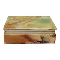 Prodotti Astonishing Vintage Green Alabaster Box Made in Italy 1960s