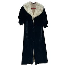 1920's Women's Velvet Dress Coat With Collar