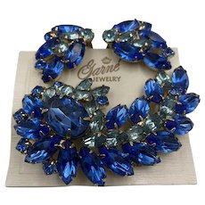 Garne Jewelry Brooch and Earrings in Shades of blue
