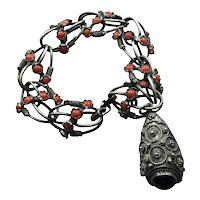 800 Silver Coral & Onyx Charm Bracelet