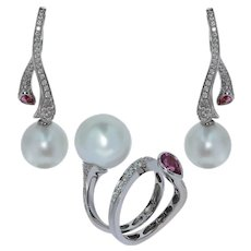 Diamonds Pink Sapphire South Sea Pearl 18 Karat White Gold Ring Earrings Suite