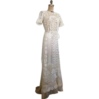 Antique Irish Lace and Silk Net Wedding Dress / Vintage Bridal Gown / Bridal / Mixed Lace Wedding Dress / 1900's/ Victorian