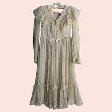 Vintage 1970's Gunne Saks Youth Dress