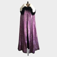 Vintage 1920's Metallic Lamé Cape with Shawl Fur and Feather Collar