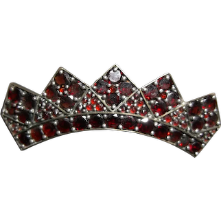 Bohemian garnet crown pin, circa 1890-1910