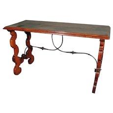 Early 18th Century Spanish Walnut Centre Table