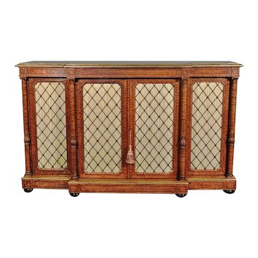Exhibition Quality Howard & Sons Hungarian Ash Credenza c. 1875