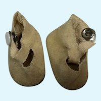Madame Alexander Alexander-kin Beige Fuzzy Bottom Shoes