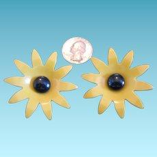 Large Vintage Bakelite Flower Shaped Buttons