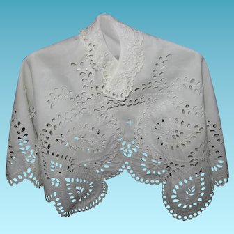 Antique Summer Embroidered Eyelet & Scalloped Christening Cape Exquisite 1800s Handiwork