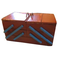 Vintage Wooden Expandable Childs Sewing Box or Caddy