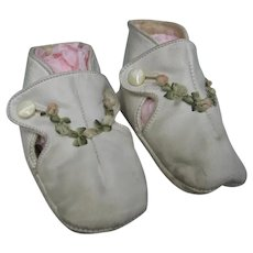 Vintage White Kid Leather Baby Shoes with Ribbon Roses