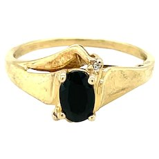 10K Yellow Gold Oval cut Sapphire Ring