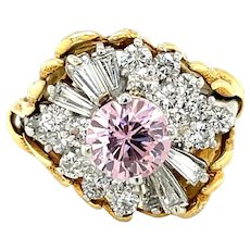 18K Yellow and White Gold Round cut Pink Sapphire and Diamond Ring