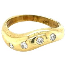 14K Yellow Gold Diamond Curved Band