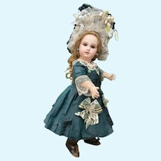 Fabulous dress and bonnet for French Bebe