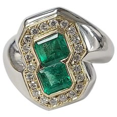 Set in 18 karat gold and Platinum PT 900 Colombian Emerald and Diamond ring