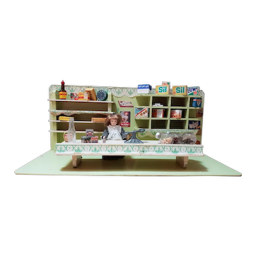 Early 20th Century Vintage Grocery Store Dollhouse