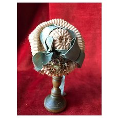 Charming summer hat for 13'' to 15'' French Fashion Poupée.