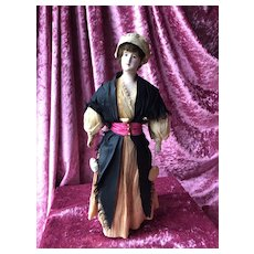 Interesting doll of the Ligue du Jouet wearing a traditional costume from Béarn