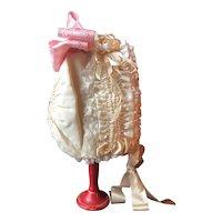 """Luxury silk bonnet for a 25""""/28"""" French Bébé"""