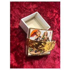 French miniature cardboard box for Fashion Poupée