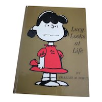 Vintage Peanuts book, Lucy looks at Life