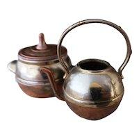 Vintage dolls house cauldron and kettle