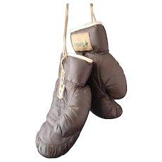 Vintage Boxing gloves, Sparring gloves